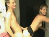 Coppia giovane arrapata scopa sul webcam